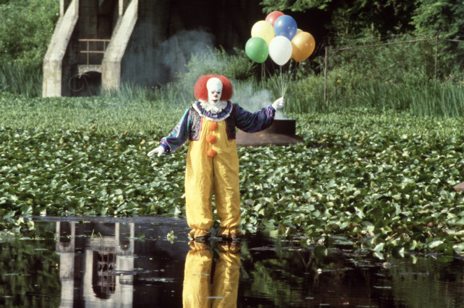 Mass Hysteria of Killer Clowns is Spreading in US and Beyond